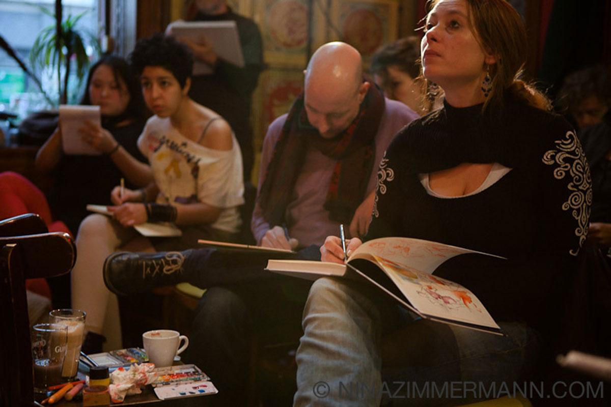 Anja Nolte und Felix Scheinberger bei Dr. Sketchy Berlin © Foto nina_zimmermann